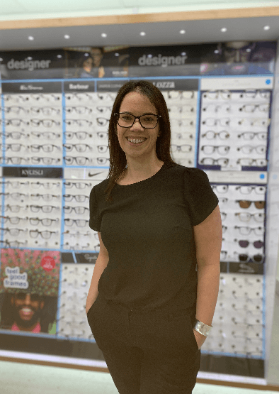 From Work Experience to Contact Lens Performance Specialist – Helen's Story