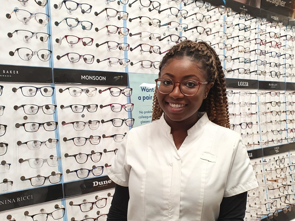 Top 5 Reasons to Become a Pre-Reg Optometrist at Boots Opticians